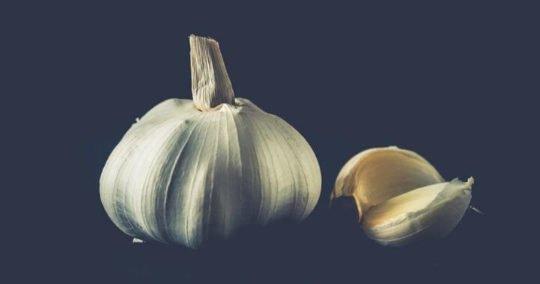 Health Benefits of Garlic - Garlic bulb, Garlic clove